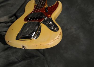 Fender Bass 1060 February (12)