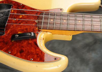 Fender Bass 1060 February (6)