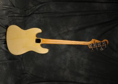 Fender Bass 1060 February (9)