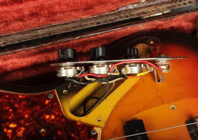 Fender Bass 1965 October Sunburst (14)