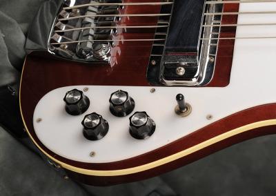 Rickenbaker 4001 1974 (14)