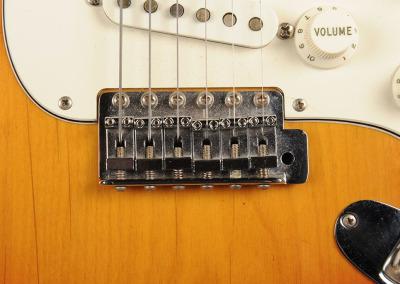 Fender Strato 73 Sunburst (10)