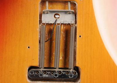 Fender Strato 73 Sunburst (9)