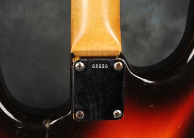 Fender Stratocaster 1961 Sunburst (9)