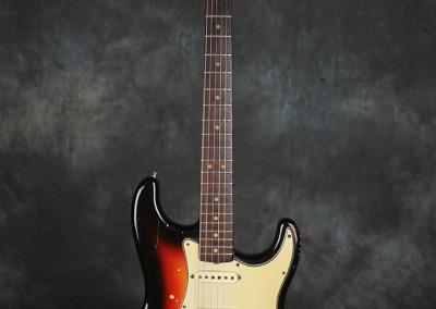 Fender Stratocaster 1963 Sunburst 2 (1)