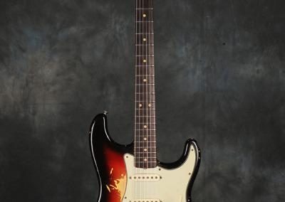 Fender Stratocaster 1963 Sunburst 3 (1)