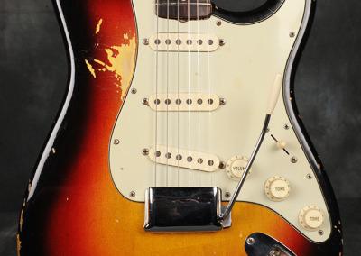 Fender Stratocaster 1963 Sunburst 3 (2)