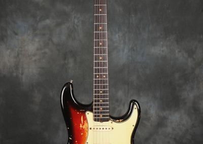 Fender Stratocaster 1963 Sunburst 4 (1)