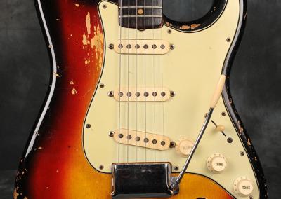 Fender Stratocaster 1963 Sunburst 4 (2)