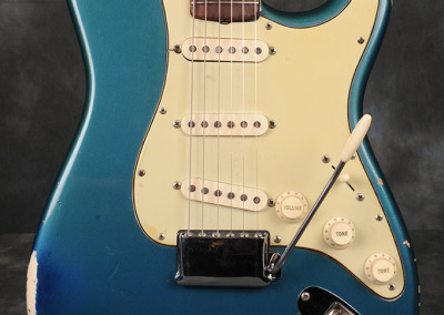 Fender Stratocaster 1964 Lake Placid Blue (2)