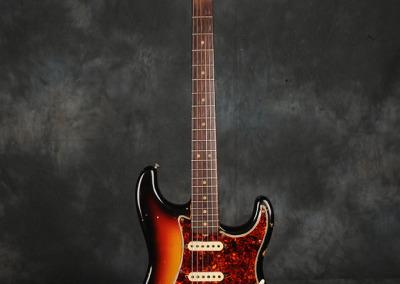 Fender Stratocaster 1964 Sunburst 1 (1)
