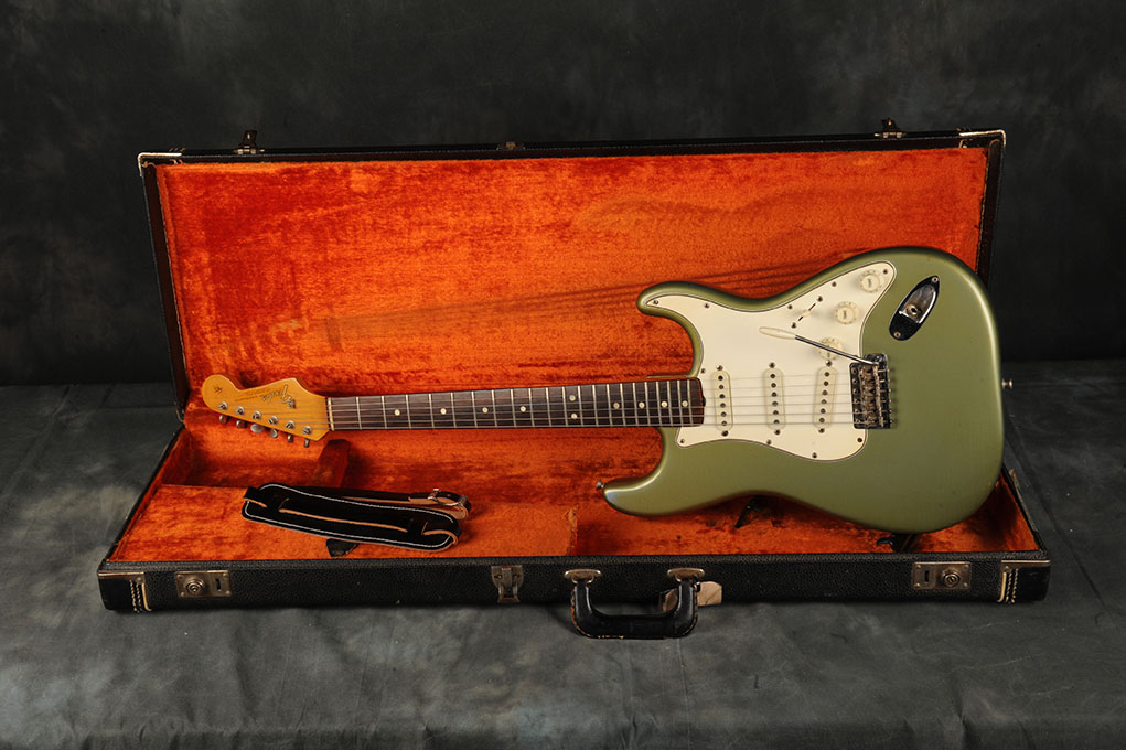 1965 Fender Stratocaster Ice Blue Metallic