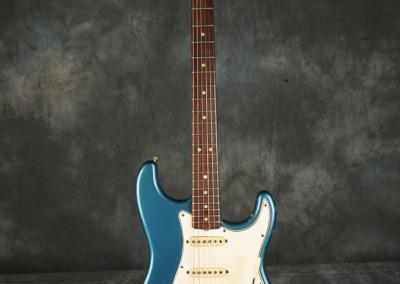 Fender Stratocaster 1965 LpB (1)