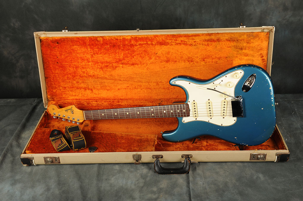 1965 Fender Stratocaster Lake Placid Blue