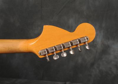 Fender Stratocaster 1966 Sunburst 4 (9)