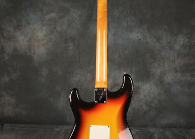 Fender Stratocaster 1966 Sunburst 5 (4)