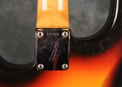 Fender Stratocaster 1966 Sunburst 5 (6)