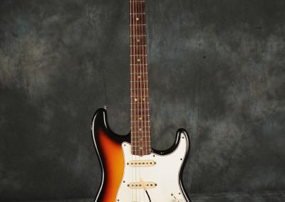 Fender Stratocaster 1966 Sunburst 6 (1)