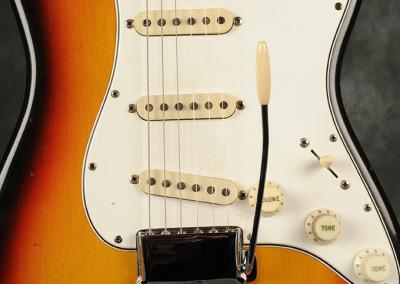 Fender Stratocaster 1966 Sunburst 6 (2)