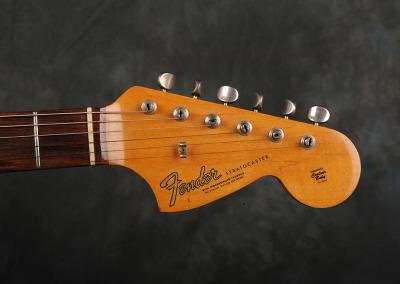 Fender Stratocaster 1966 Sunburst 7 (7)