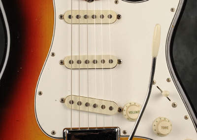 Fender Stratocaster 1966 Sunburst 8 (2)