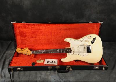 1971 Fender Stratocaster Olimpic White