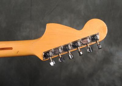 Fender Stratocaster 1972 LpB (8)