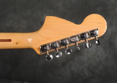 Fender Stratocaster 1972 OW (9)