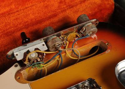 Fender Telecaster 1966 Sunburst (10)