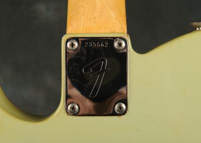 Fender Telecaster 1968 Sonic blue (3)