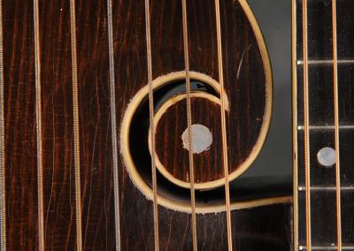 Gibson 1920 U Harp (13)