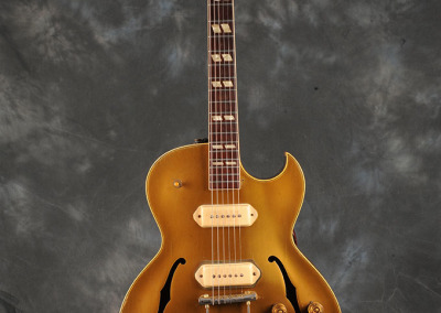 Gibson 1952 Jazz Guitar (1)