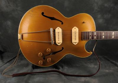 Gibson 1952 Jazz Guitar (8)