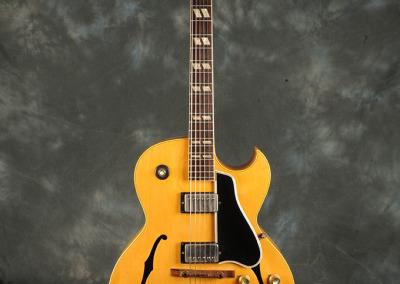 Gibson 1962 Jazz Guitar (1)