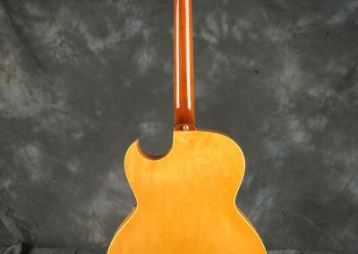 Gibson 1962 Jazz Guitar (2)