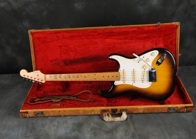 Fender Stratocaster 1958 sunburst 2 toni