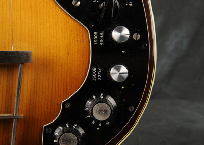 1970 hofner Violin guitar (3)