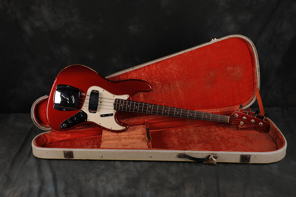Fender 1965 Candy Apple Red