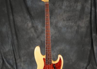 Fender Bass 1060 February (1)