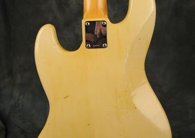Fender Bass 1060 February (11)