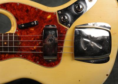 Fender Bass 1060 February (13)