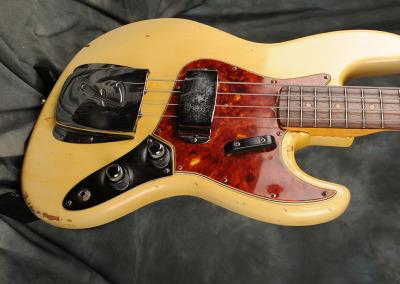 Fender Bass 1060 February (5)