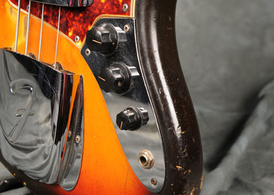 Fender Bass 1965 October Sunburst (12)