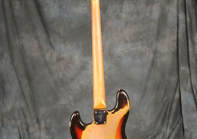 Fender Bass 1965 October Sunburst (2)