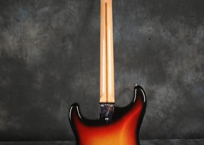 Fender Strato 73 Sunburst (4)