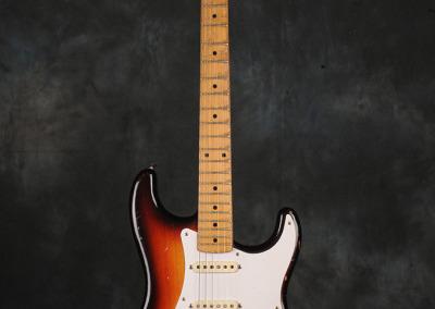 Fender Stratocaster 1958 Sunburst  (1)