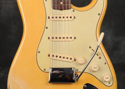Fender Stratocaster 1961 Blond (2)