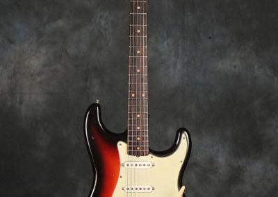 Fender Stratocaster 1961 Sunburst (1)