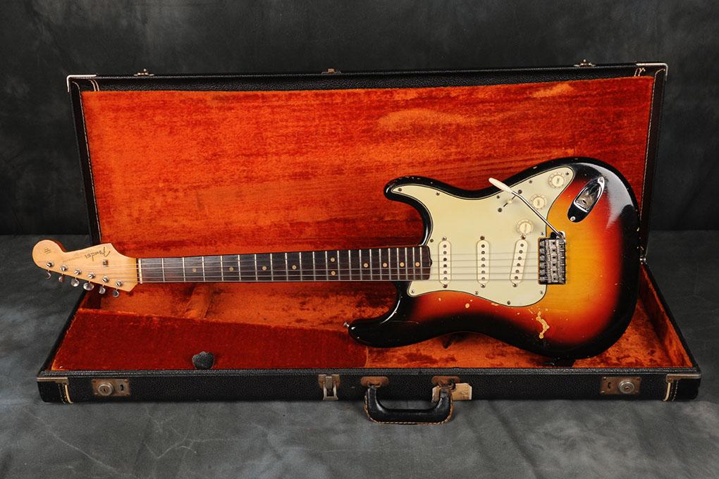 1963 Fender Stratocaster Sunburst (2)