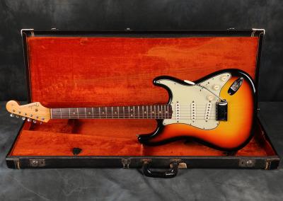 1964 Fender Stratocaster Sunburst (3)